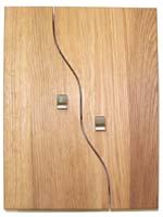 Nyckelskåp Ek delad dörr